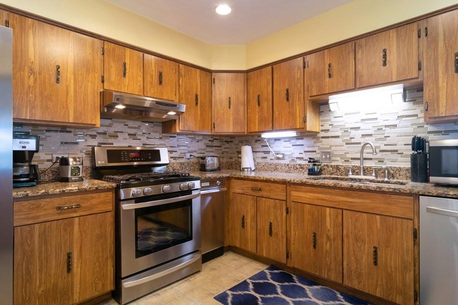 Real Estate Photography - 1574 Brookside Dr., Hoffman Estates, IL, 60194 - Kitchen