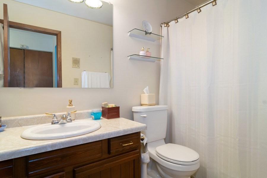 Real Estate Photography - 1574 Brookside Dr., Hoffman Estates, IL, 60194 - 2nd Bathroom