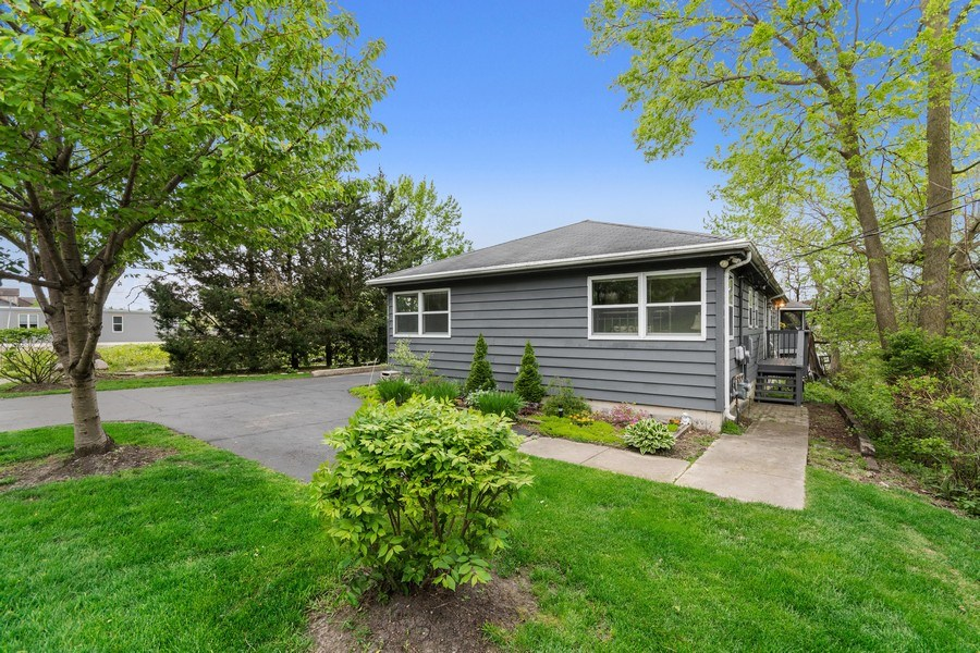 Real Estate Photography - 116 N Bennett St, Geneva, IL, 60134 - Front View