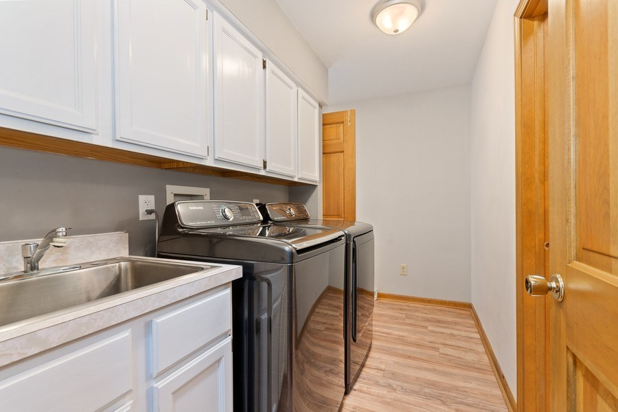 Real Estate Photography - 116 N Bennett St, Geneva, IL, 60134 - Laundry Room
