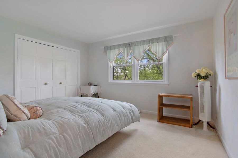 Real Estate Photography - 105 Medinah lane, Barrington, IL, 60010 - Master Bedroom