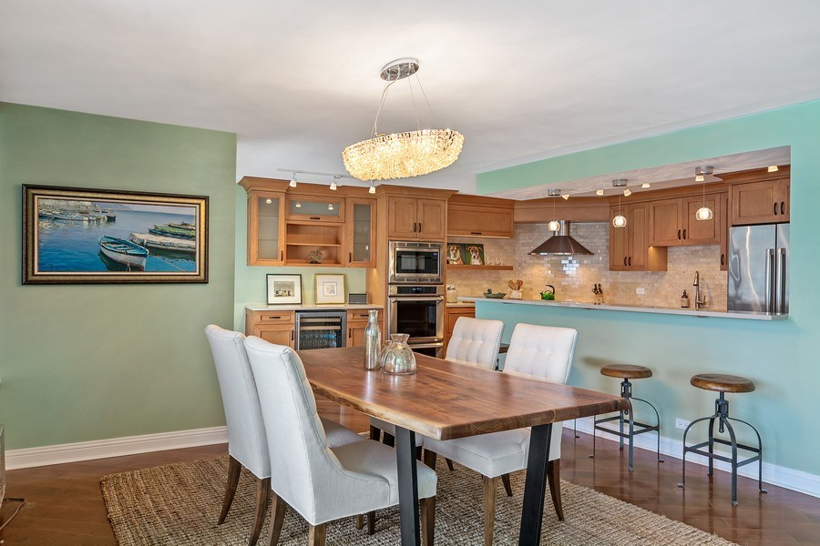 Real Estate Photography - 6101 N Sheridan Rd East unit 29-B, Chicago, IL, 60660 - Dining Room