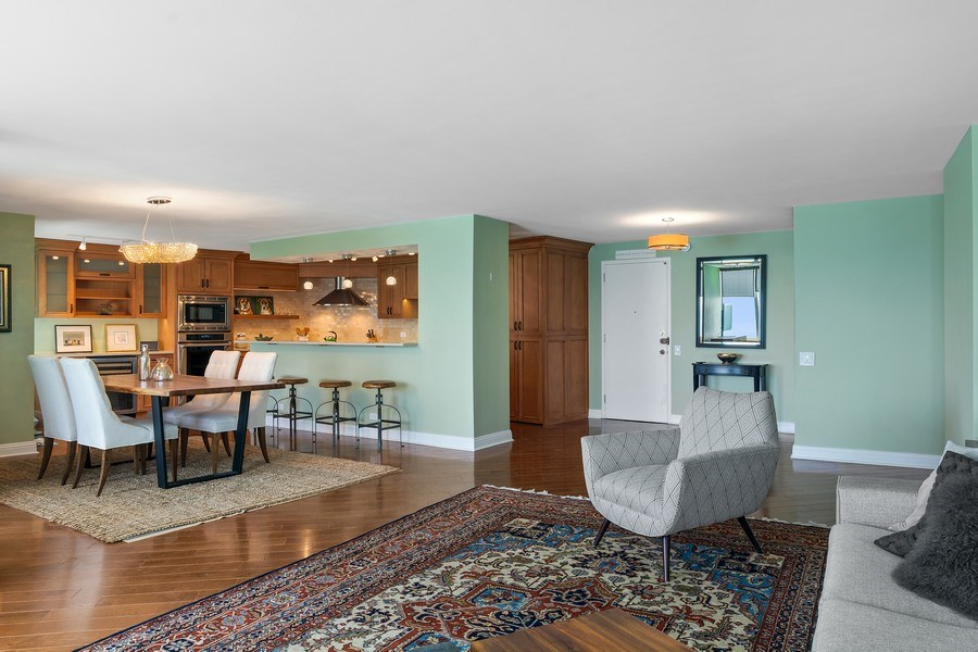 Real Estate Photography - 6101 N Sheridan Rd East unit 29-B, Chicago, IL, 60660 - Living Room / Dining Room