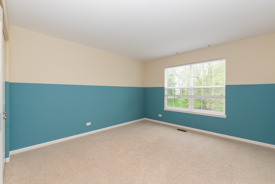 Real Estate Photography - 436 W Amberside Drive, Elgin, IL 60124, Elgin, IL, 60124 - 2nd Bedroom