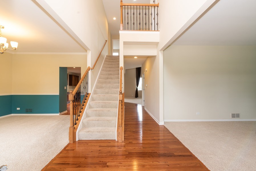 Real Estate Photography - 436 W Amberside Drive, Elgin, IL 60124, Elgin, IL, 60124 - Foyer