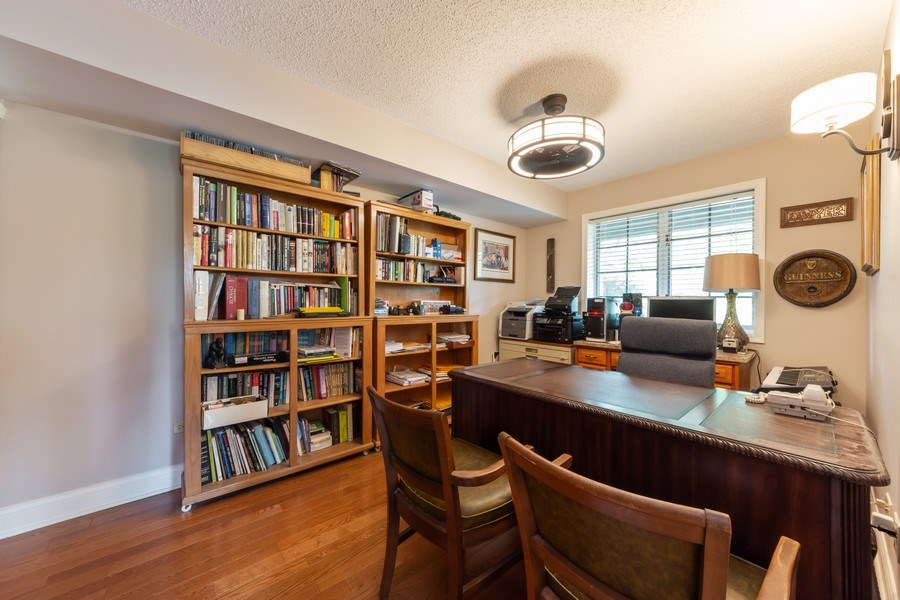 Real Estate Photography - 875 S Dwyer Ave, Arlington Heights, IL, 60005 - 3rd Bedroom