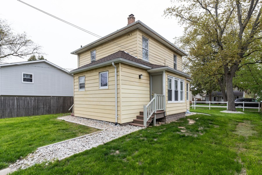 Real Estate Photography - 2406 Gilead Ave, Zion, IL, 60099 - Rear View