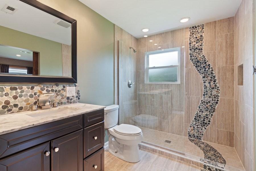 Real Estate Photography - 525 Lotus Lane, Glenview, IL, 60025 - Master Bathroom