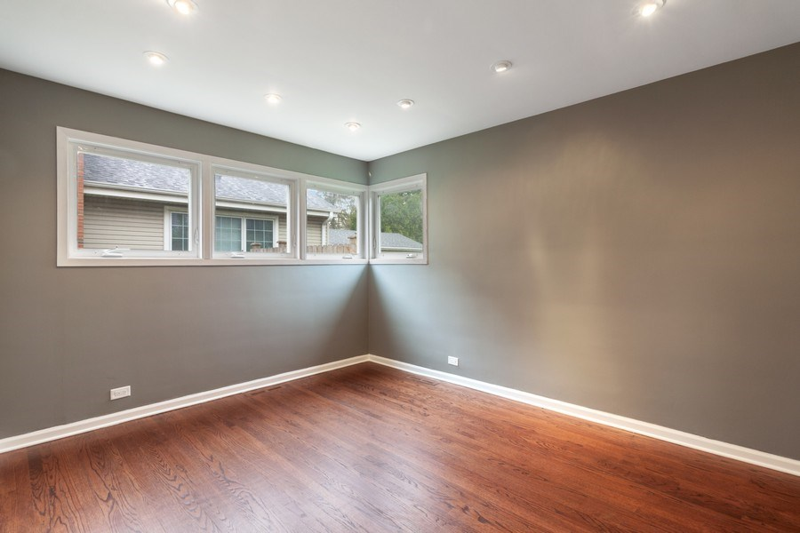 Real Estate Photography - 525 Lotus Lane, Glenview, IL, 60025 - 2nd Bedroom