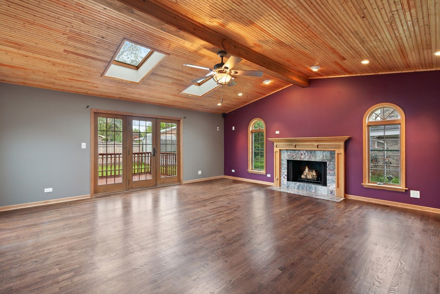 Real Estate Photography - 525 Lotus Lane, Glenview, IL, 60025 - Family Room