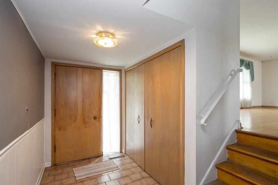 Real Estate Photography - 1426 Margret St, Des Plaines, IL, 60018 - Foyer