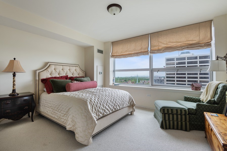 Real Estate Photography - 807 Davis Street #1504, Evanston, IL, 60201 - Master Bedroom
