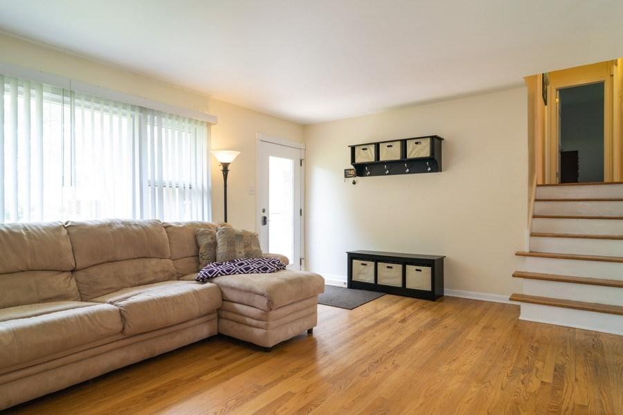 Real Estate Photography - 664 Juniper Ln, Bartlett, IL, 60103 - Living Room