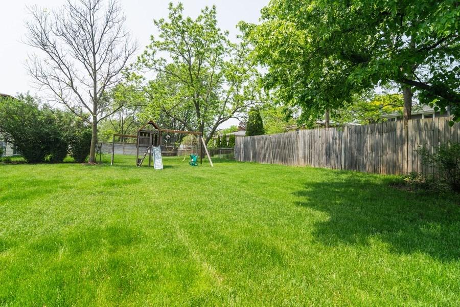 Real Estate Photography - 664 Juniper Ln, Bartlett, IL, 60103 - Back Yard