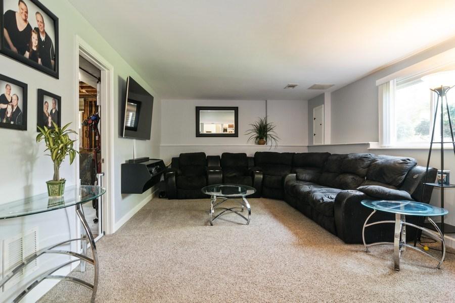 Real Estate Photography - 664 Juniper Ln, Bartlett, IL, 60103 - Family Room