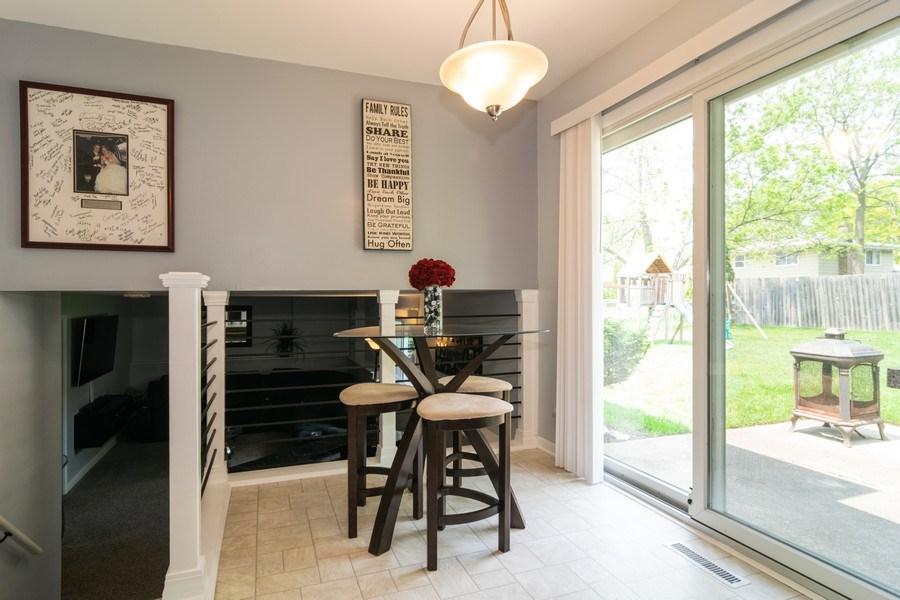 Real Estate Photography - 664 Juniper Ln, Bartlett, IL, 60103 - Breakfast Nook