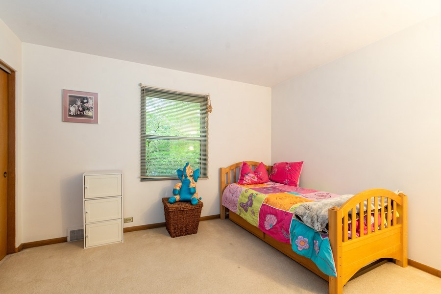 Real Estate Photography - 2297-2299 Exmoor Ave, Highland Park, IL, 60035 - 2nd Bedroom