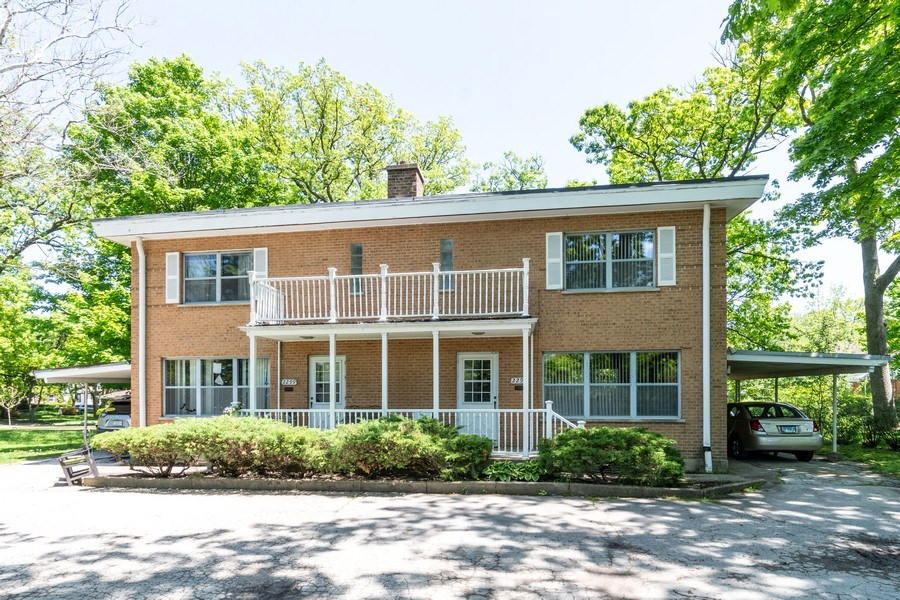 Real Estate Photography - 2297-2299 Exmoor Ave, Highland Park, IL, 60035 - Front View