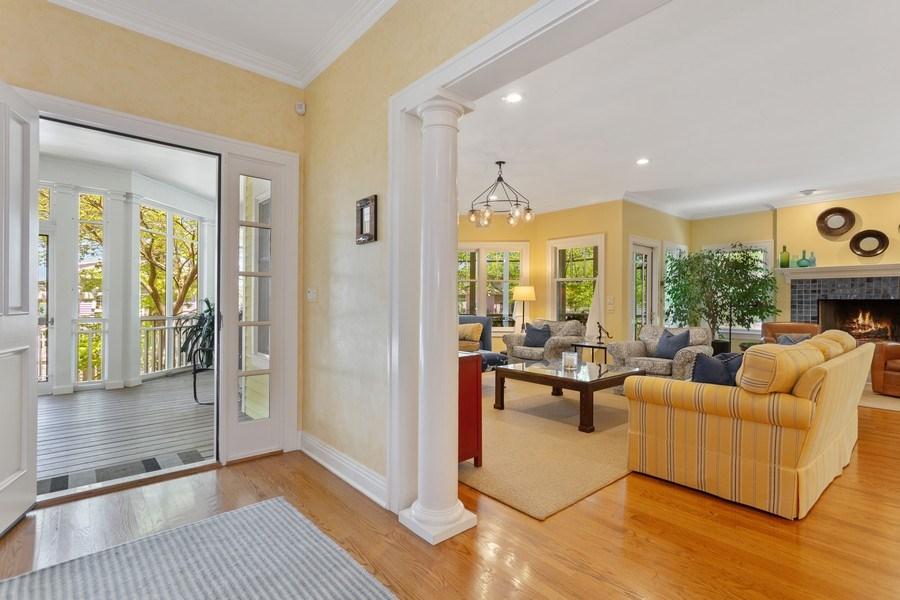 Real Estate Photography - 233 Beachwalk Ln, Michigan City, IN, 46360 - Foyer