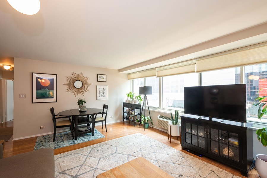 Real Estate Photography - 211 E Ohio #818, chicago, IL, 60611 - Living Room