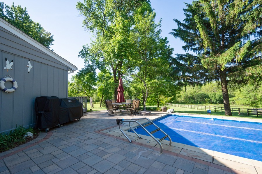 Real Estate Photography - 321 Old Sutton Rd, Barrington Hills, IL, 60010 - Pool