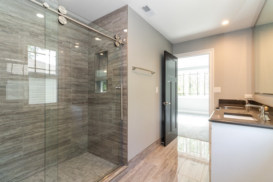 Real Estate Photography - 11216 S Drake, Chicago, IL, 60643 - Master Bathroom
