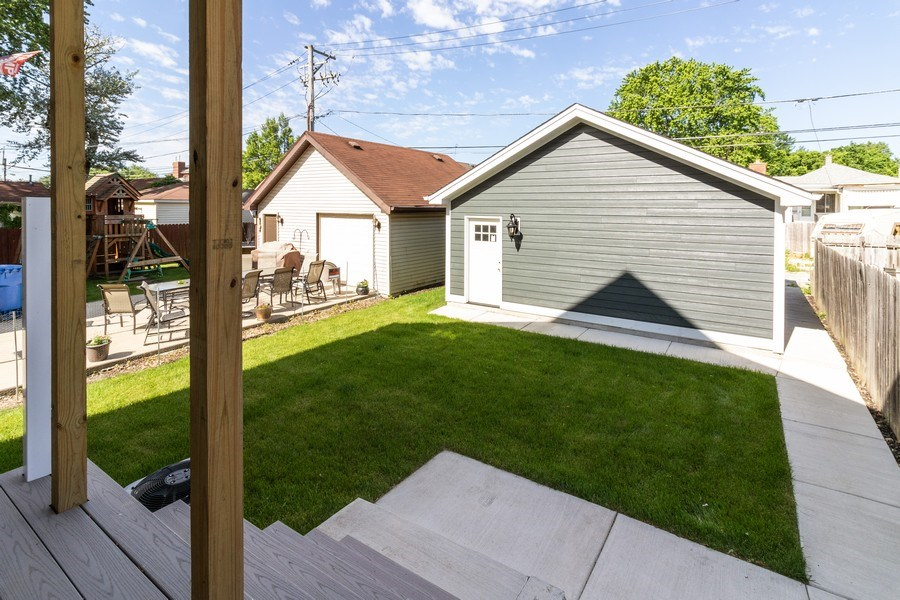 Real Estate Photography - 11216 S Drake, Chicago, IL, 60643 - Back Yard