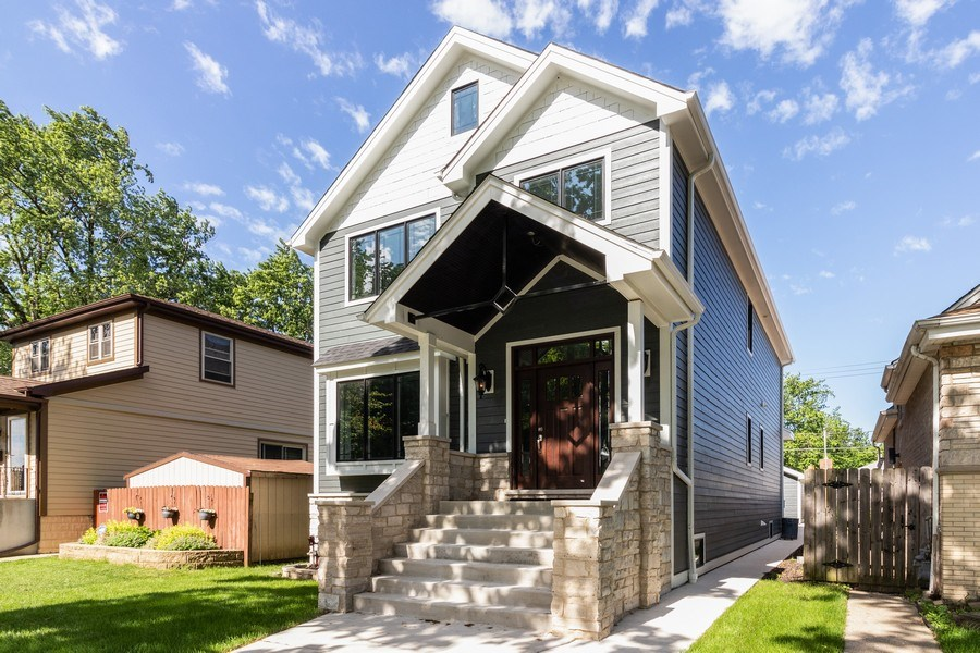 Real Estate Photography - 11216 S Drake, Chicago, IL, 60643 - Front View