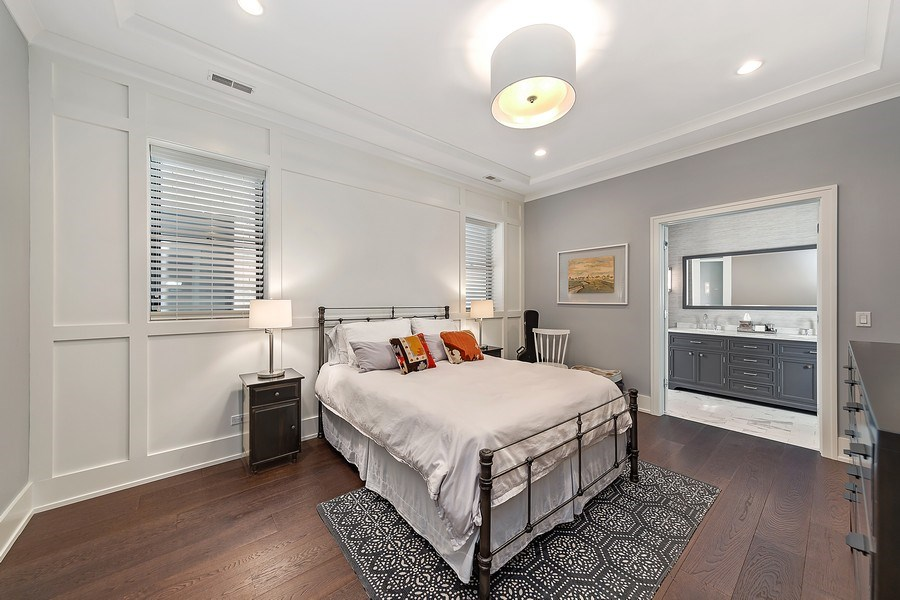 Real Estate Photography - 3950 N Hoyne, 2S, Chicago, IL, 60618 - Master Bedroom