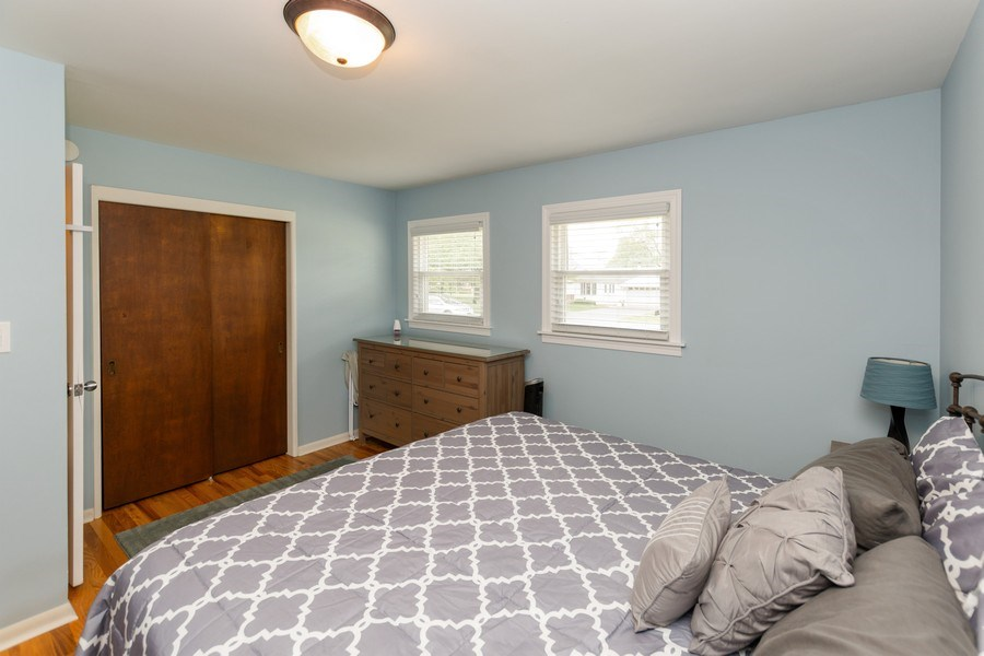 Real Estate Photography - 6315 84th Pl, Burbank, IL, 60459 - Master Bedroom