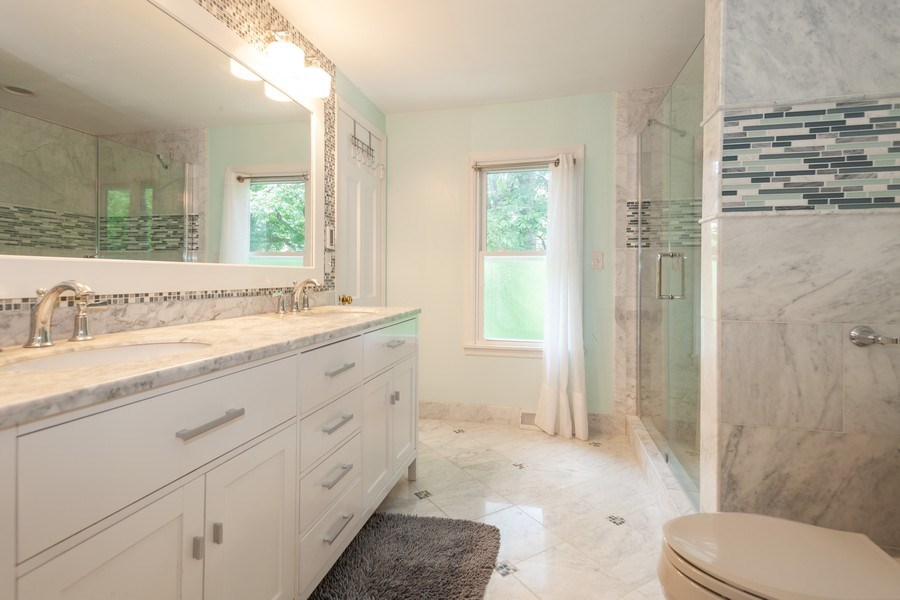 Real Estate Photography - 13165 Burlawn Ct, Brookfield, WY, 53005 - Bathroom