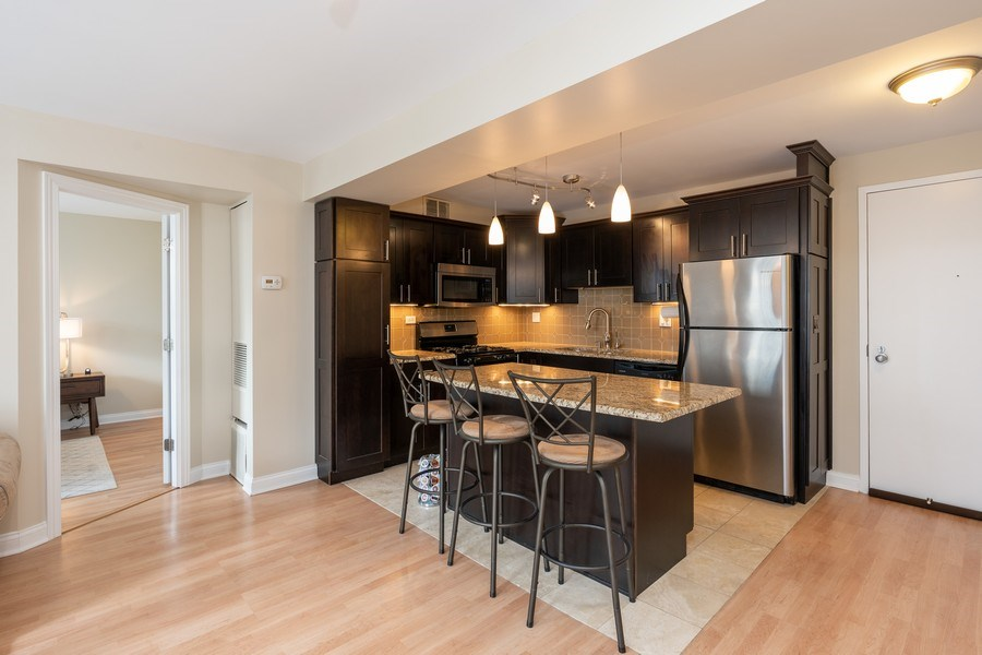 Real Estate Photography - 1309 N Wells, #506, Chicago, IL, 60610 - Kitchen