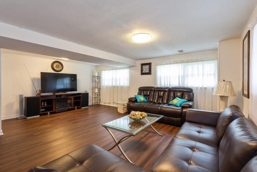 Real Estate Photography - 2515 Wilmette Ave, Wilmette, IL, 60091 -