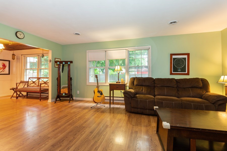 Real Estate Photography - 1000 Whipperwill Ct, Shorewood, IL, 60404 - Living Room