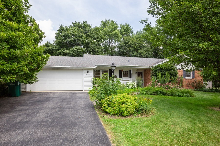 Real Estate Photography - 1000 Whipperwill Ct, Shorewood, IL, 60404 - Front View