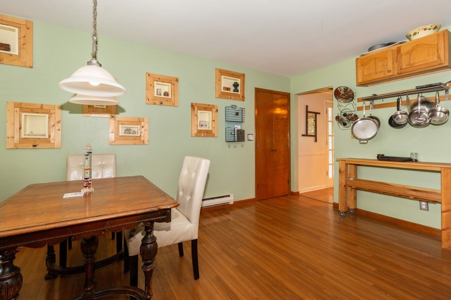 Real Estate Photography - 1000 Whipperwill Ct, Shorewood, IL, 60404 - Breakfast Area