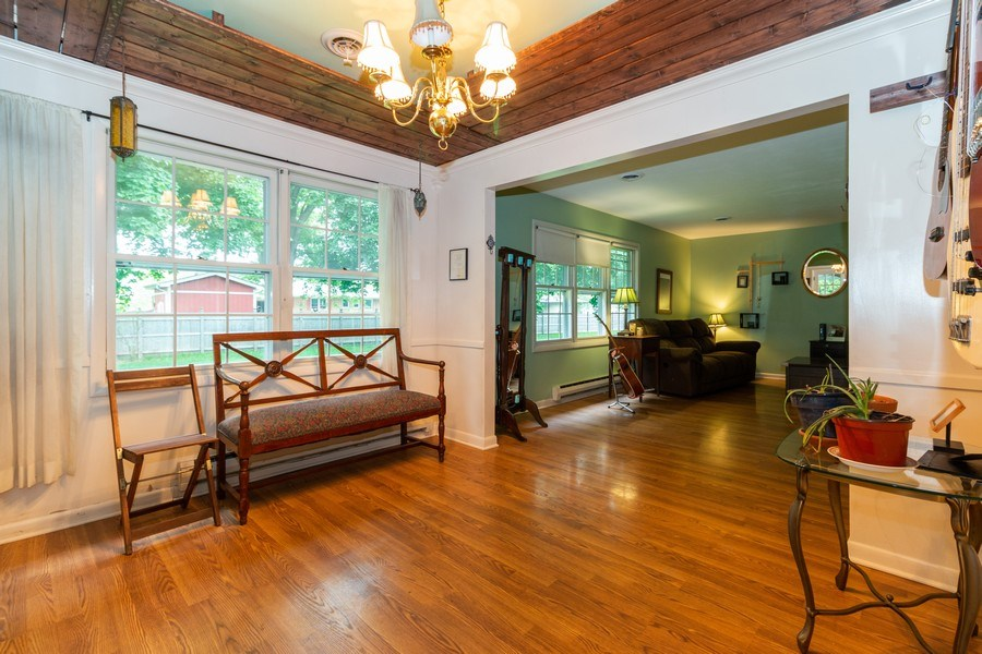 Real Estate Photography - 1000 Whipperwill Ct, Shorewood, IL, 60404 - Dining Room