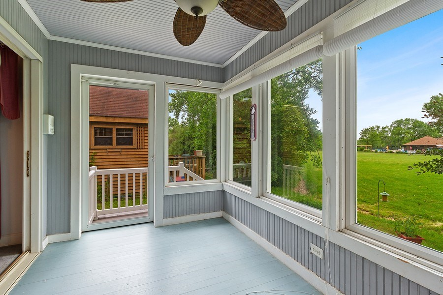 Real Estate Photography - 2 Dinosaur Rd, Wilmington, IL, 60481 - Porch