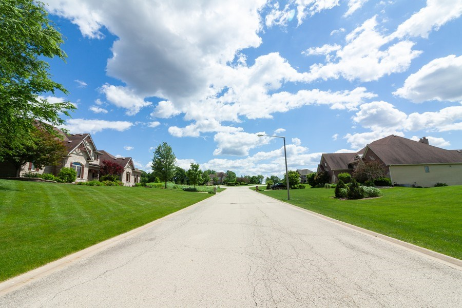 Real Estate Photography - 6295 Ravine Ct, Yorkville, IL, 60506 - Location 7