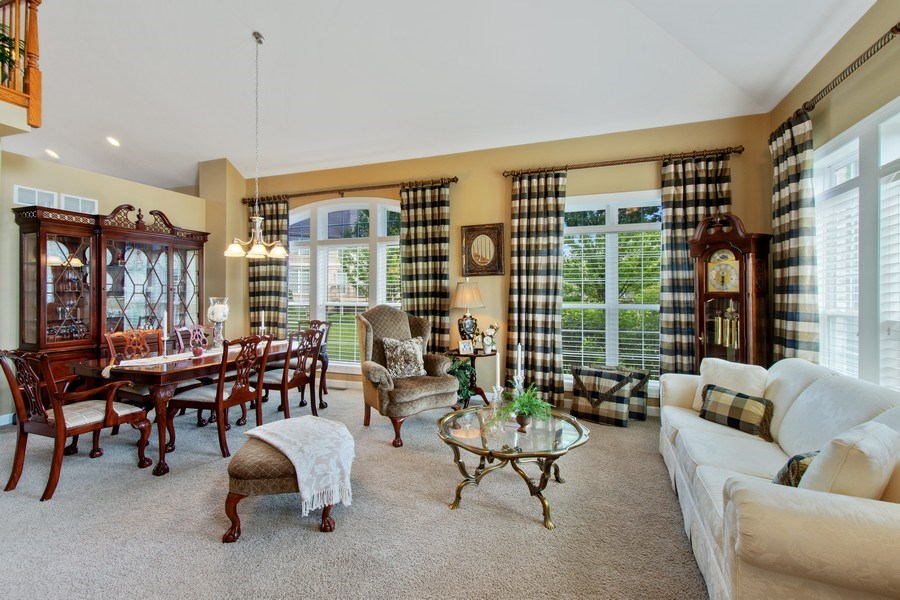 Real Estate Photography - 713 Fieldstone Ct, Inverness, IL, 60010 - Living Room