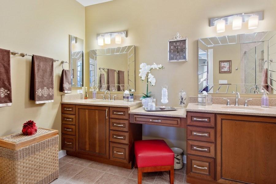 Real Estate Photography - 713 Fieldstone Ct, Inverness, IL, 60010 - Master Bathroom