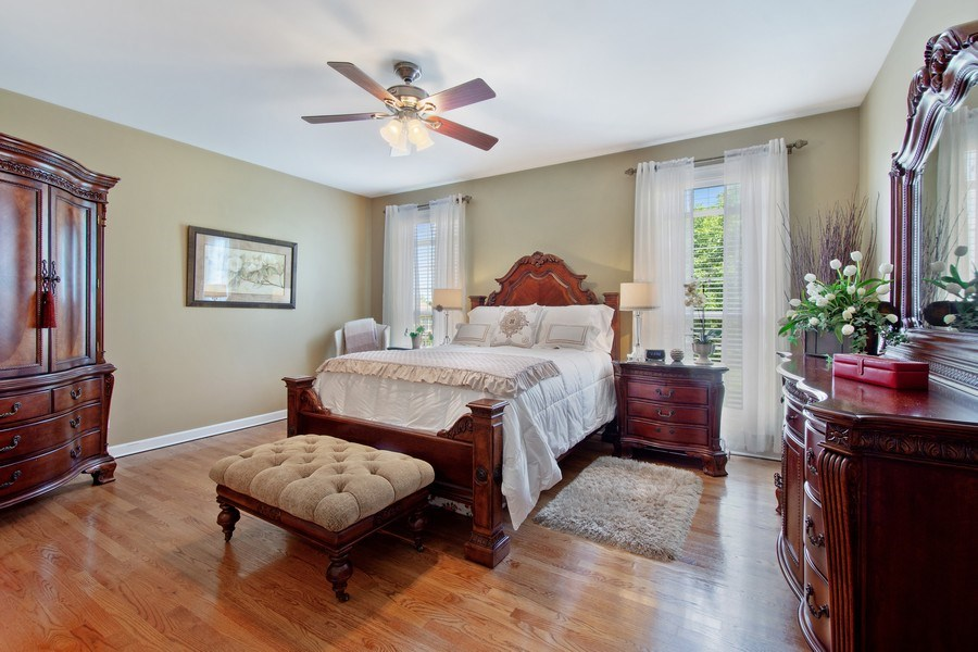 Real Estate Photography - 713 Fieldstone Ct, Inverness, IL, 60010 - Master Bedroom