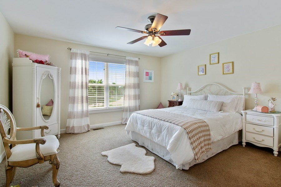 Real Estate Photography - 713 Fieldstone Ct, Inverness, IL, 60010 - 2nd Bedroom