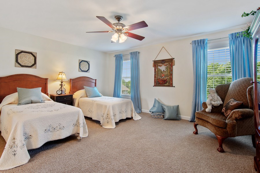 Real Estate Photography - 713 Fieldstone Ct, Inverness, IL, 60010 - 3rd Bedroom
