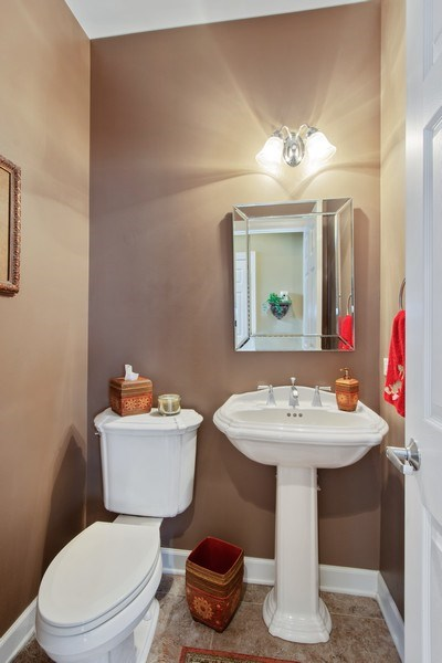 Real Estate Photography - 713 Fieldstone Ct, Inverness, IL, 60010 - Powder Room