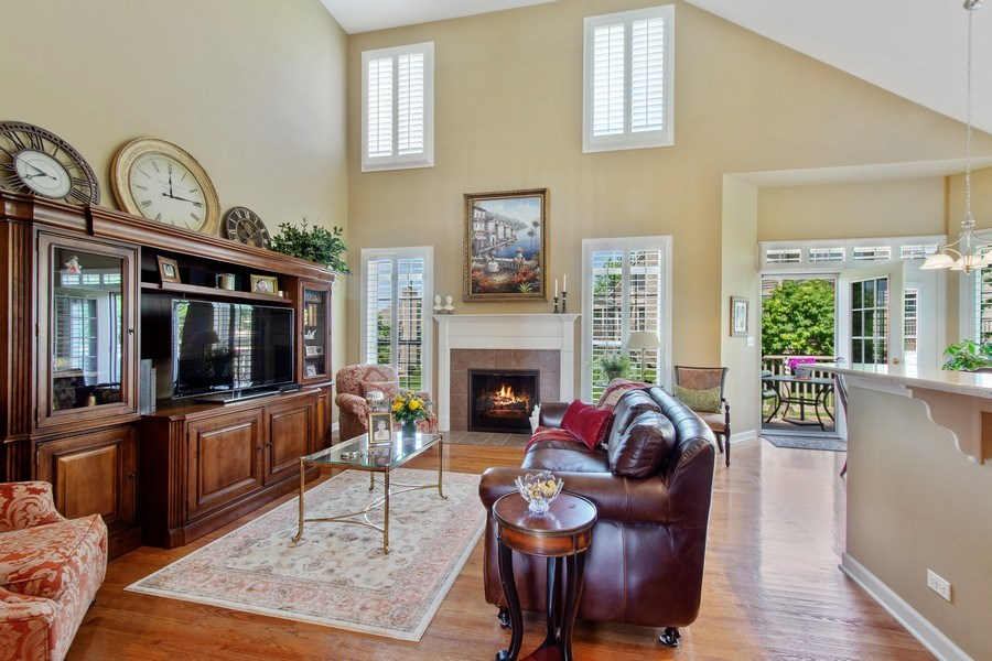 Real Estate Photography - 713 Fieldstone Ct, Inverness, IL, 60010 - Family Room