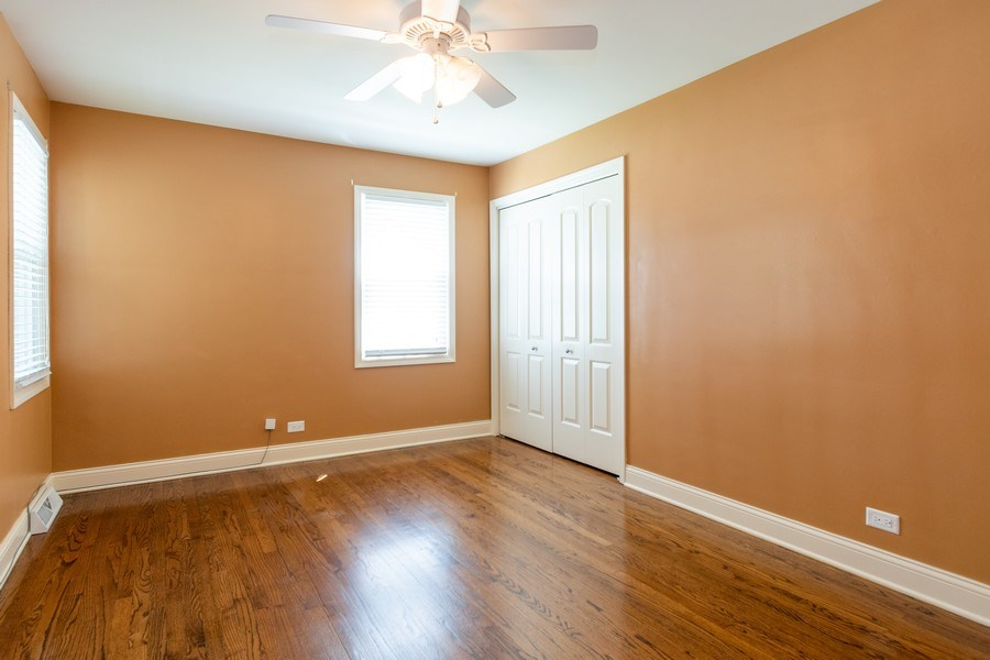 Real Estate Photography - 4200 W 117th St, Alsip, IL, 60803 - 2nd Bedroom