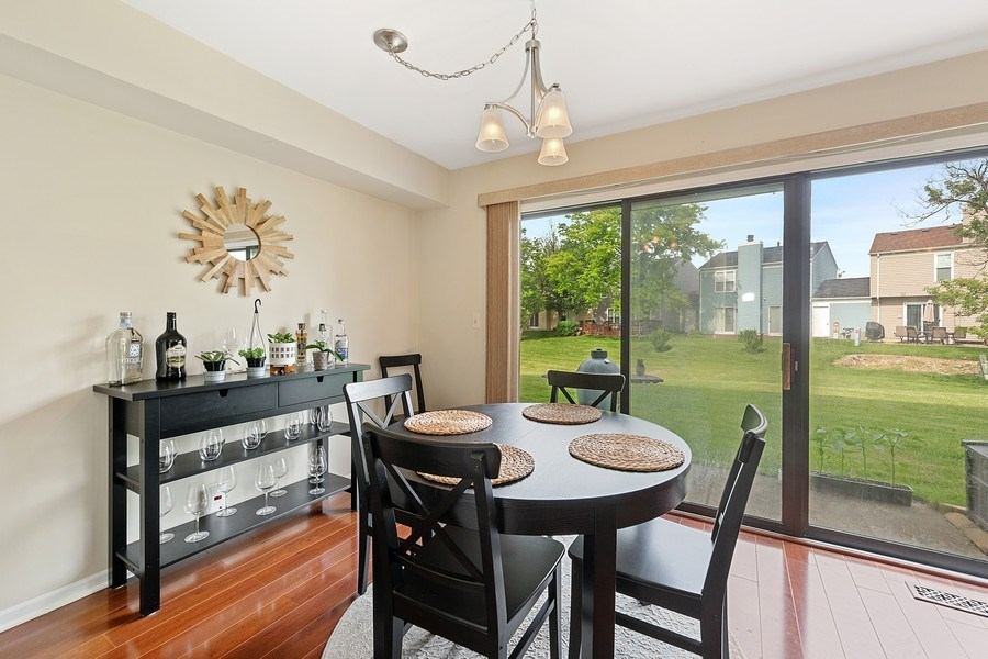 Real Estate Photography - 7341 Canterbury Pl 19-3, Downers Grove, IL, 60516 - Dining Room