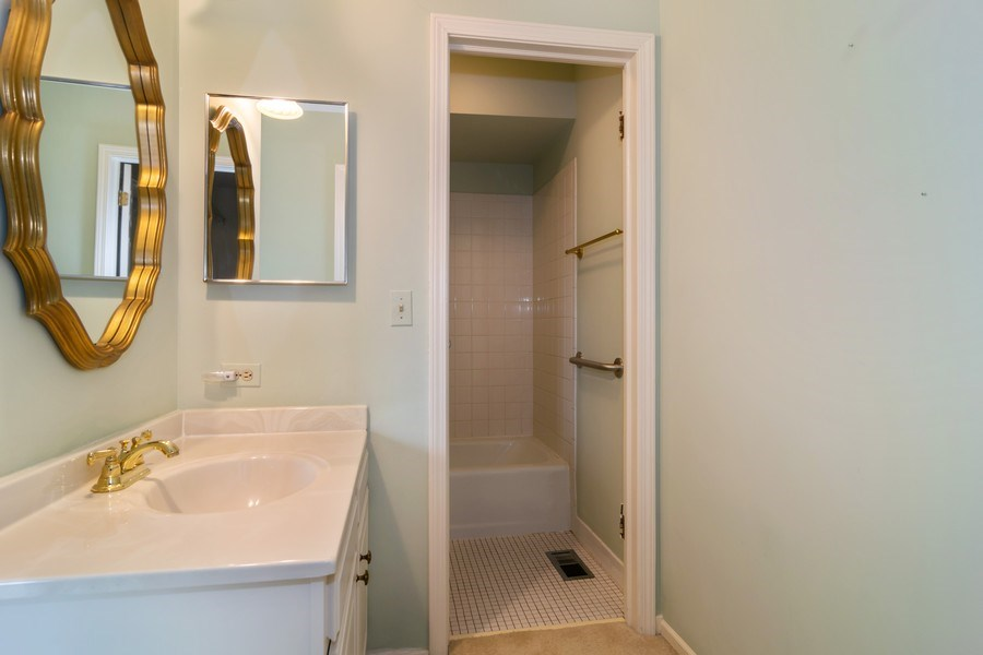 Real Estate Photography - 1330 Shagbark Ln, Wheaton, IL, 60187 - Master Bathroom