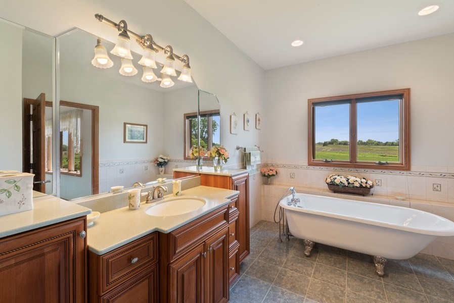 Real Estate Photography - 2029 W. Church Road, Beecher, IL, 60401 - Master Bathroom